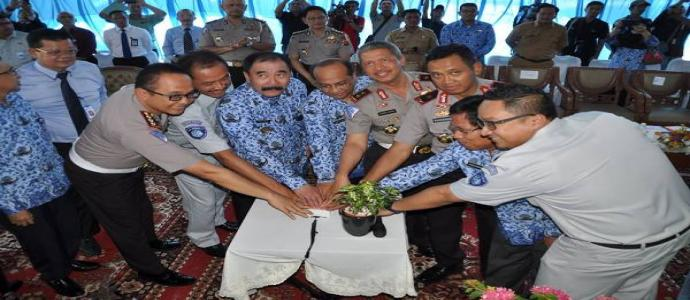 Peresmian Gerai Samsat di Plaza Andalas Padang
